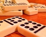 dominoes-close up